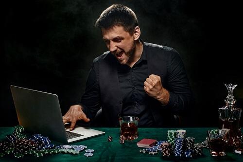 Pokerspelare i en pokerturnering